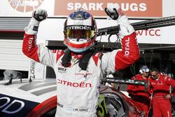Le poleman José María López, Citroën World Touring Car Team, Citroën C-Elysée WTCC