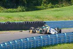 Josef Newgarden, Ed Carpenter Racing Chevrolet, crash