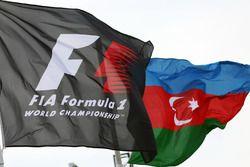 Flaggen von Formel 1 und Aserbaidschan