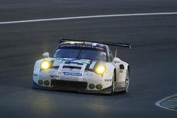 #91 Porsche Motorsport Porsche 911 RSR: Нік Тенді, Патрік Пілет, Кевін Естр
