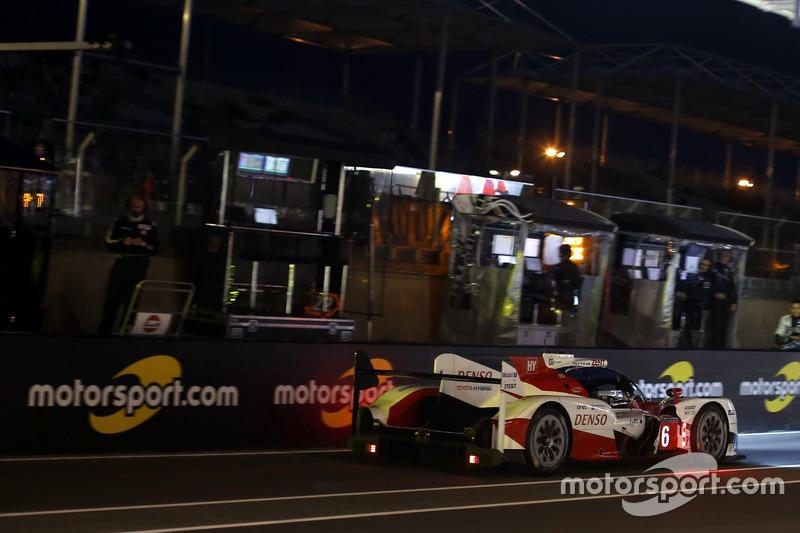 #6 Toyota Racing Toyota TS050 Hybrid: Стефан Сарразан, Майк Конвей, Камуі Кобаясі