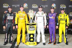 Les pilotes Toyota dans le Chase, Martin Truex Jr., Furniture Row Racing, Kyle Busch, Joe Gibbs Racing, Carl Edwards, Joe Gibbs Racing, Denny Hamlin, Joe Gibbs Racing, Matt Kenseth, Joe Gibbs Racing