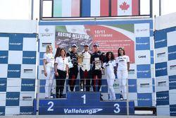 Podium: Côme Ledogar, vainqueur, Mattia Drudi, deuxième place et Mikaël Grenier, troisième.