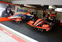 Fortec Motorsports garajı