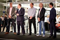Andy Palmer, President & Chief Executive Officer, Aston Martin Lagonda Ltd met Red Bull Racing teamb