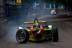 Crash de Lucas di Grassi, ABT Schaeffler Audi Sport