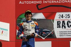 Lorenzo Colombo, BVM Racing sur le podium de la course 2