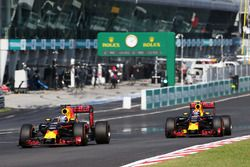 Daniel Ricciardo, Red Bull Racing RB12, und Max Verstappen, Red Bull Racing, RB12