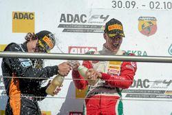 Podium: Sieger Mick Schumacher, Prema Powerteam; 2. Kami Laliberté, Van Amersfoort Racing