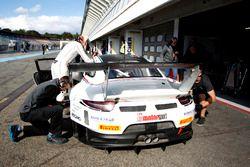 Boxenstopp #17 KÜS TEAM 75 Bernhard, Porsche 911 GT3 R: David Jahn, Kévin Estre