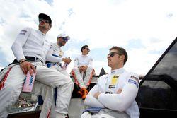 Maximilian Götz, Mercedes-AMG Team HWA, Mercedes-AMG C63 DTM; Gary Paffett, Mercedes-AMG Team ART, M