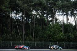 #77 Dempsey Proton Competition Porsche 911 RSR: Richard Lietz, Michael Christensen, Philipp Eng, #66