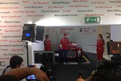 Sebastian Vettel, Ferrari, taglia il nastro e inaugura la mostra