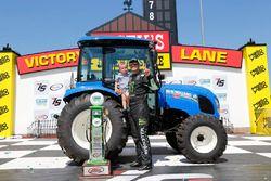 Il vincitore Sam Hornish Jr., Joe Gibbs Racing Toyota con il figlio Sam Hornish III