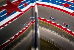 #66 Ford Chip Ganassi Racing Team UK Ford GT: Olivier Pla, Stefan Mücke, #27 SMP Racing BR01 - Nissa