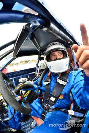 #37 MP4C Acura Integra: Herbert Gomez of Scuderia Shell Burbank