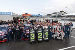 1. Craig Lowndes, Triple Eight Race Engineering, Holden; 2. Shane van Gisbergen, Triple Eight Race E