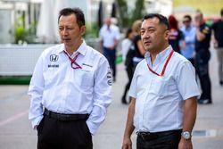 Hiroshi Yasukawa, Dorna Sports, Berater (links)