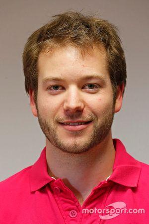 Lucas Berger, responsable du département électronique d'Onroak Automotive