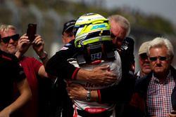 Race winner Joel Eriksson, Motopark Dallara F316 – Volkswagen