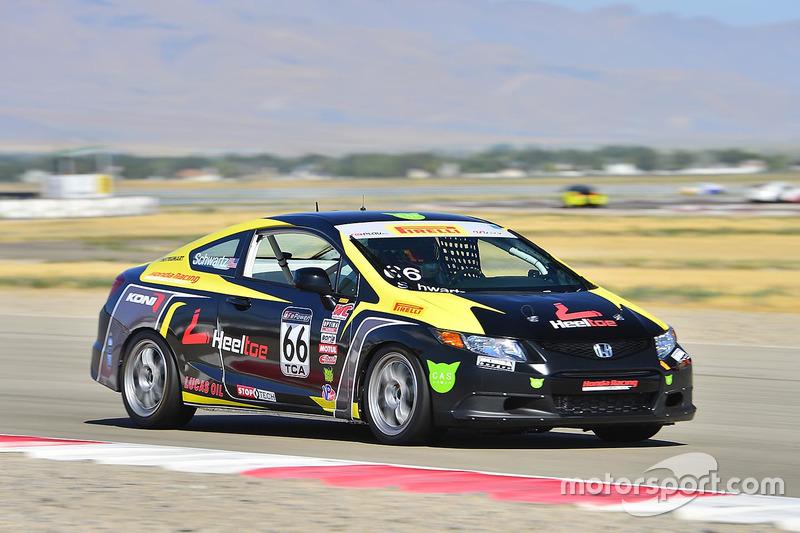 #66 Shea Racing, Honda Civic Si: Johan Schwartz