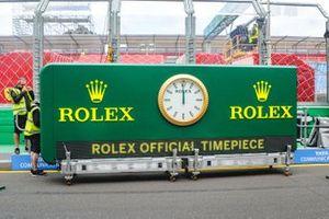 Часы Rolex перед стартом Гран При Австралии