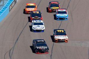 Kurt Busch, Chip Ganassi Racing, Chevrolet Camaro Global Poker, Matt DiBenedetto, Leavine Family Racing, Toyota Camry Procore