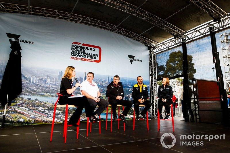 Зак Браун, виконавчий директор McLaren, Гюнтер Штайнер, керівник команди Haas F1, Сіріль Абітбуль, керівний директор Renault F1 Team та Клер Вільямс, заступник керівника команди Williams