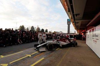 Antonio Giovinazzi, Alfa Romeo Racing and Kimi Raikkonen, Alfa Romeo Racing with the new Alfa Romeo Racing C38