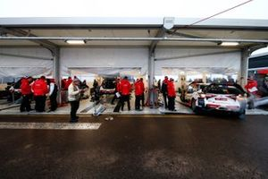 Pits, Toyota Gazoo Racing WRT Toyota Yaris WRC