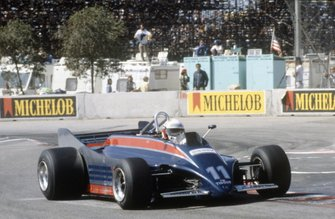 Elio de Angelis, Lotus 88-Ford Cosworth