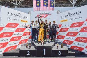 Race 2 podium GT3 Am Cup celebrations