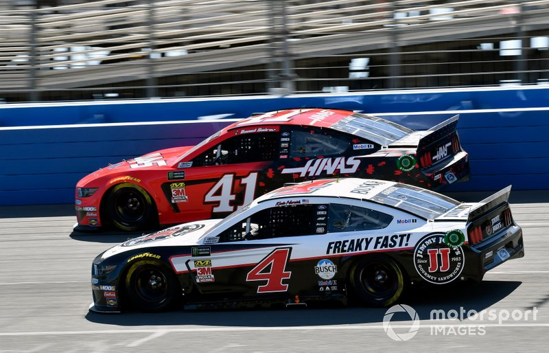 Daniel Suarez, Stewart-Haas Racing, Ford Mustang Haas Automation and Kevin Harvick, Stewart-Haas Racing, Ford Mustang Jimmy John's
