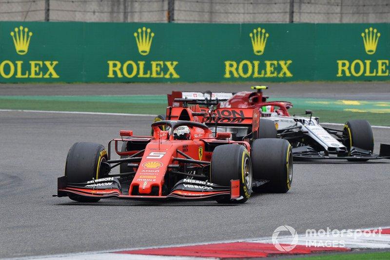Sebastian Vettel, Ferrari SF90, leads Antonio Giovinazzi, Alfa Romeo Racing C38
