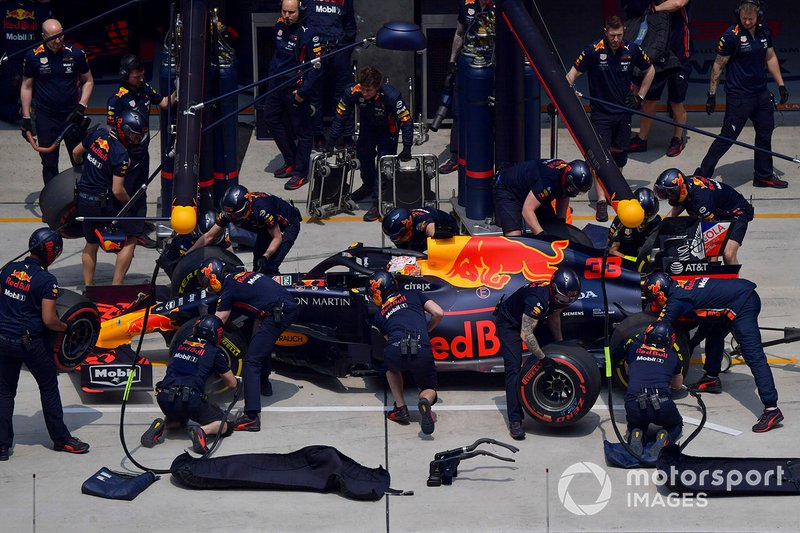 Max Verstappen, Red Bull Racing RB15, in pit lane