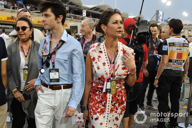 Catherine Zeta Jones on the grid