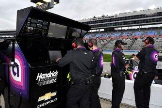 Jimmie Johnson, Hendrick Motorsports, Chevrolet Camaro Ally crew