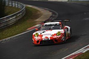 #31 Frikadelli Racing Team Porsche 911 GT3 R: Matt Campbell, Mathieu Jaminet
