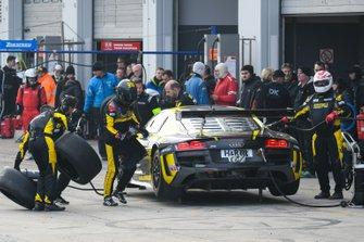 #148 Audi R8 LMS BE: Bernhard Henzel, Rahel Frey