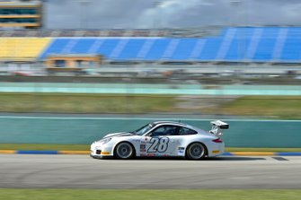 #28 MP1B Porsche GT3 Cup driven by Warren Cooper of MGM Racing