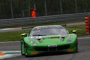 #33 Rinaldi Racing Ferrari 488 GT3: Christian Hook, Steve Parrow, Manuel Lauck