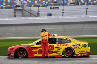 Joey Logano, Team Penske, Ford Mustang Shell Pennzoil Dan Lunch