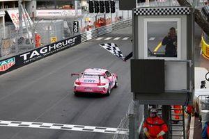 Race winner Michael Ammermüller, BWT Lechner Racing