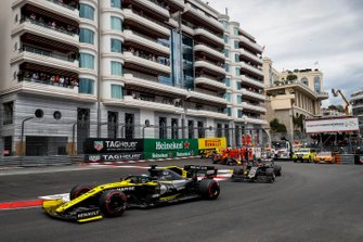 Daniel Ricciardo, Renault R.S.19, leads Kevin Magnussen, Haas F1 Team VF-19, and Pierre Gasly, Red Bull Racing RB15