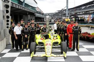 Simon Pagenaud, Team Penske Chevrolet, Victory Lane, team