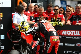 Alvaro Bautista, Aruba.it Racing-Ducati Team embrasse sa moto