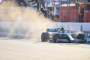 Valtteri Bottas, Mercedes AMG W10, 1st position, takes victory