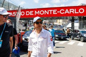 Felipe Massa, Venturi Formula E,on a track walk
