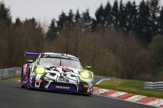 #8 IRON FORCE RACING Porsche 911 GT3 R: Lucas Luhr, Adrien De Leener, Jan-Erik Slooten, Steve Jans