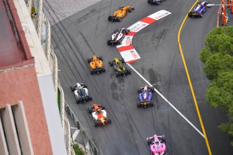 Dorian Boccolacci, Campos Racing, leads Nikita Mazepin, ART Grand Prix, Guanyu Zhou, UNI Virtuosi Racing and Jack Aitken, Campos Racing